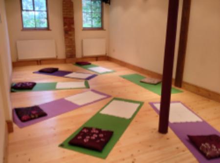 Pregnancy Yoga in Biggleswade