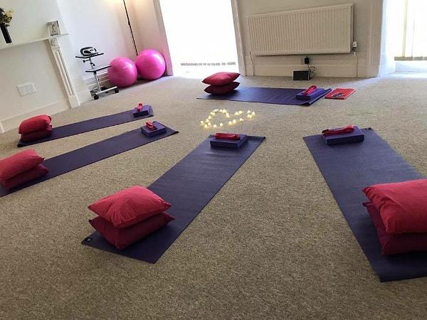 Cheltenham, Gloucestershire Yoga & Massage Classes for Pregnancy, New Mum, Baby & Toddler